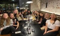 Δείπνησαν στο The Burger Joint οι Γυναίκες